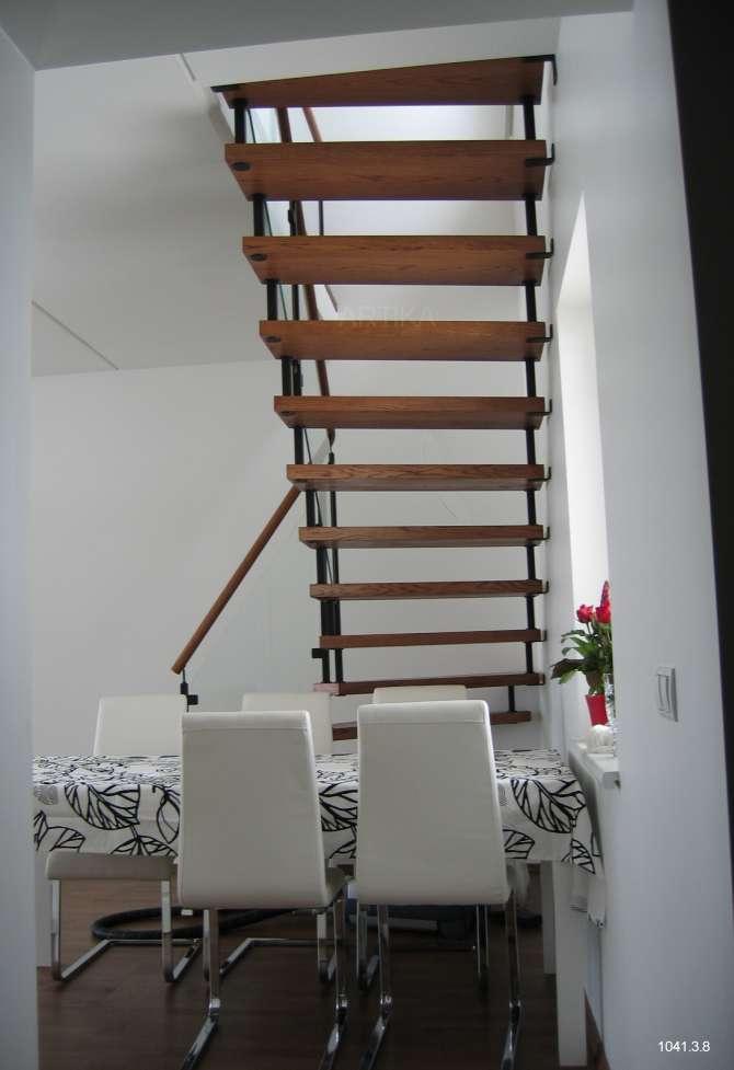 trepp klaaspiirdega